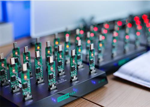 U盘定制厂家哪家好?定制U盘选择什么牌子芯片好?